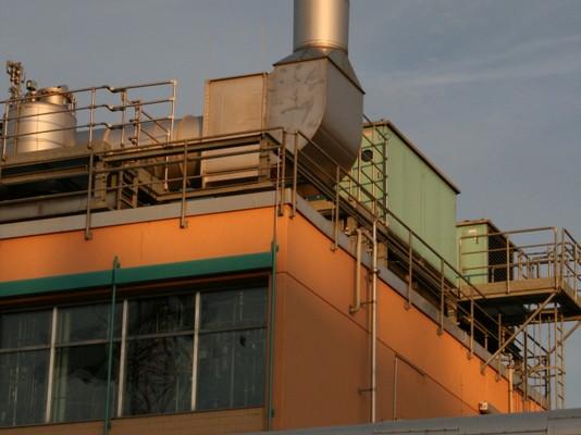Frankfurt Industriebau, Modulbauweise, Luftdichtigkeitsmessung 2007