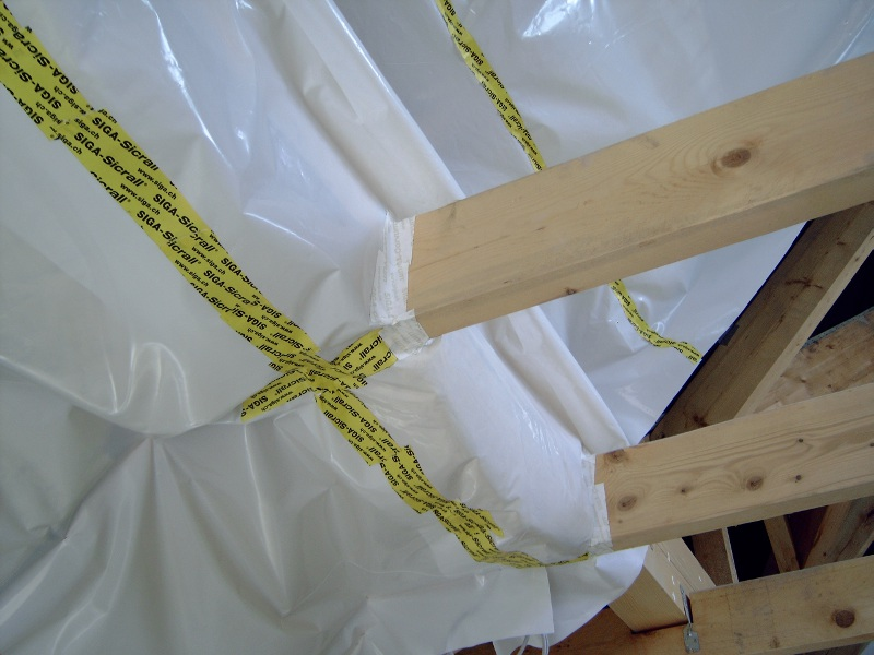 Betreuung von Details beim energiesparenden Bauen: die luftdichte Ebene