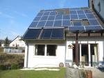 HEUTEC Nutzung von Solarthermie für Warmwasser und Fotovoltaik mit Eigenbedarfsoptimierung durch Lastmanagement