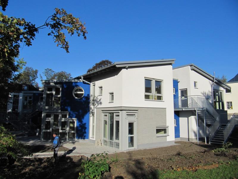 Luftdichtigkeitsmessung von Neubauten wie Kindertagesstätten, Schulen, Verwaltungsbauten