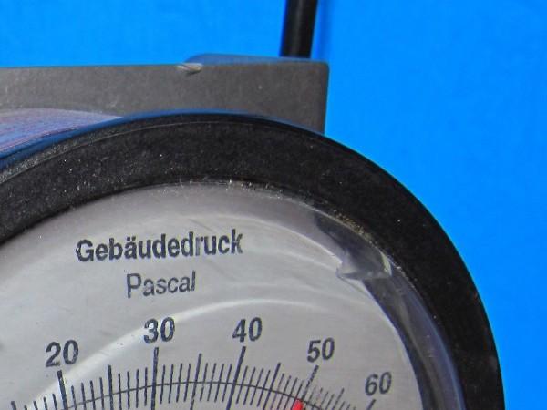 Messgerät zur Luftdichtigkeitsmessung