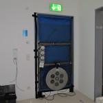 Übliche Einbausituation der Messgerät zur Luftdichtigkeitsmessung nach DIN EN 13829