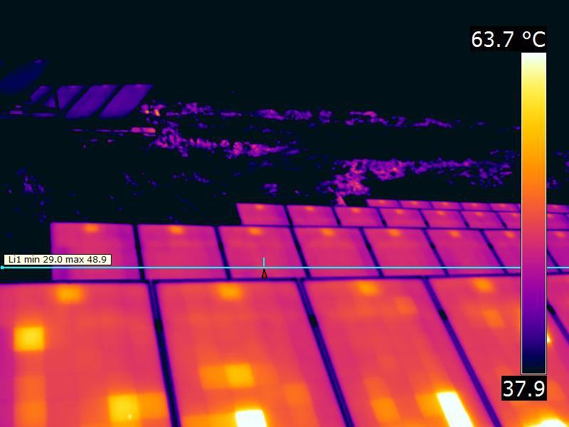Freiflächenanlage PV Thermografie von auffälligen Zellen