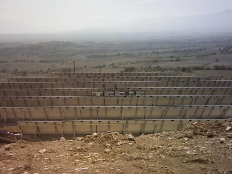 PV-Freiflächenanlage auf nachgeführten Solar-Trackern, Griechenland