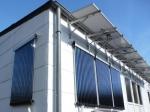 Solarthermie zur Heizungsunterstützung und Warmwasser senkrechte Röhrenkollektoren