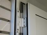 Türband oben unterbricht innere Türdichtung und führt zu Luftleckagen