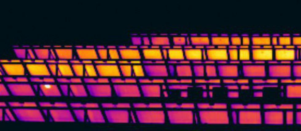 Thermografie der Rückseiten der PV Module - Freiflächenanlage in Griechenland - nicht angeschlossene Strings